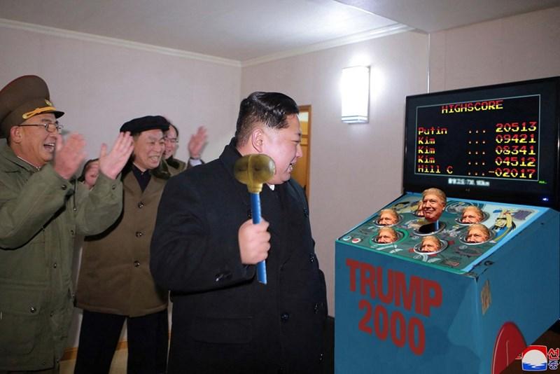 Games - HIGHSCORE 20513 Putin 09421 KiM Kim 08341 Kim 04512 Hill C 02017 25 70 RUMP