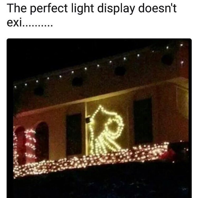 Funny meme about the circle game, christmas lights.