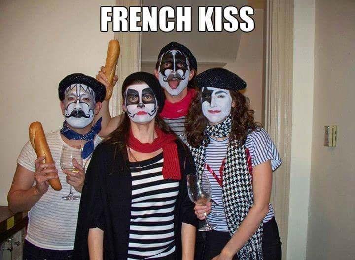 Clown - FRENCH KISS
