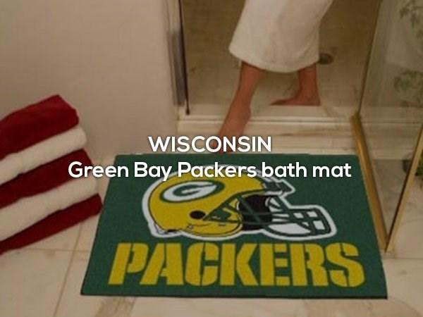 Floor - WISCONSIN Green Bay Packers bath mat PACKERS