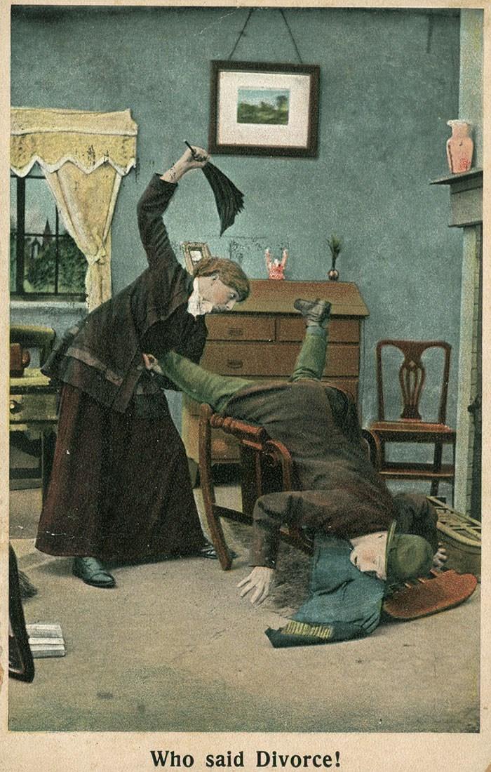 anti-suffrage postcard - Illustration - Who said Divorce!