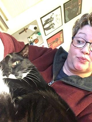 awkward selfies with a cat - Cat - Tom