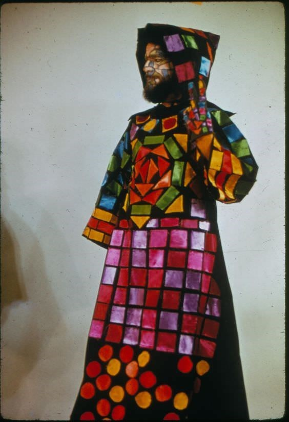 vintage cosplay - Visual arts