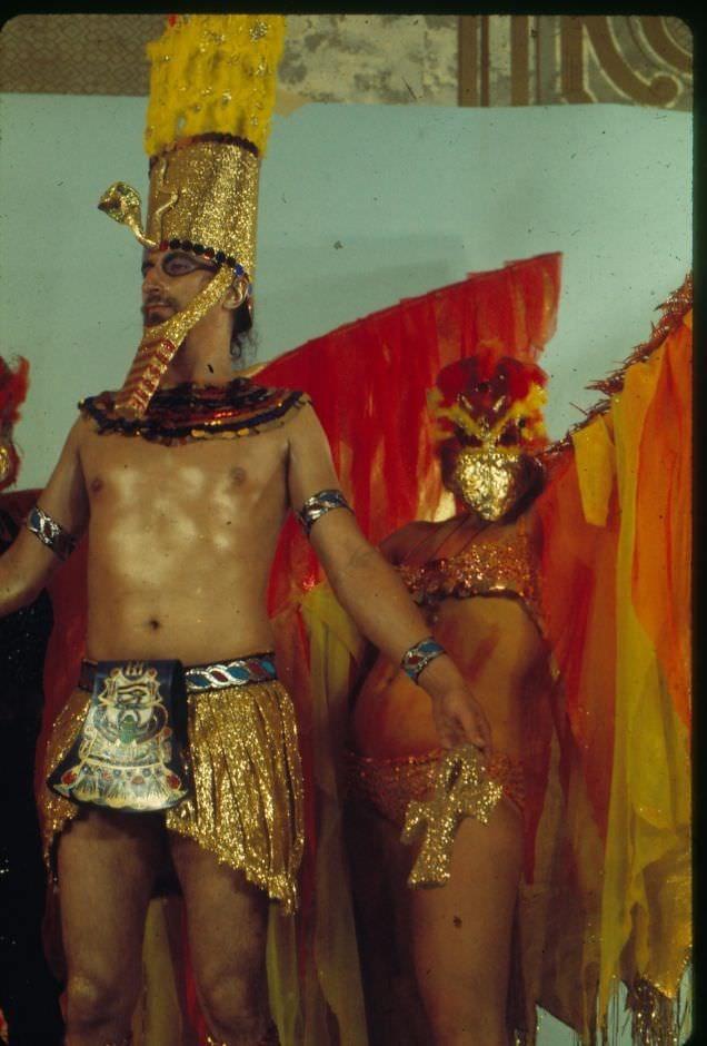 vintage cosplay - Dance