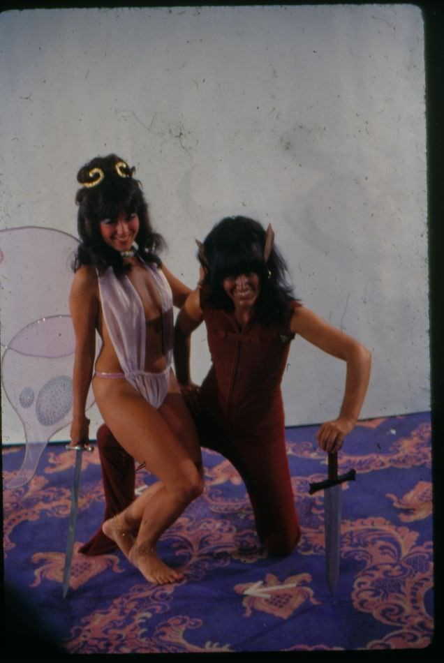 vintage cosplay - Fun