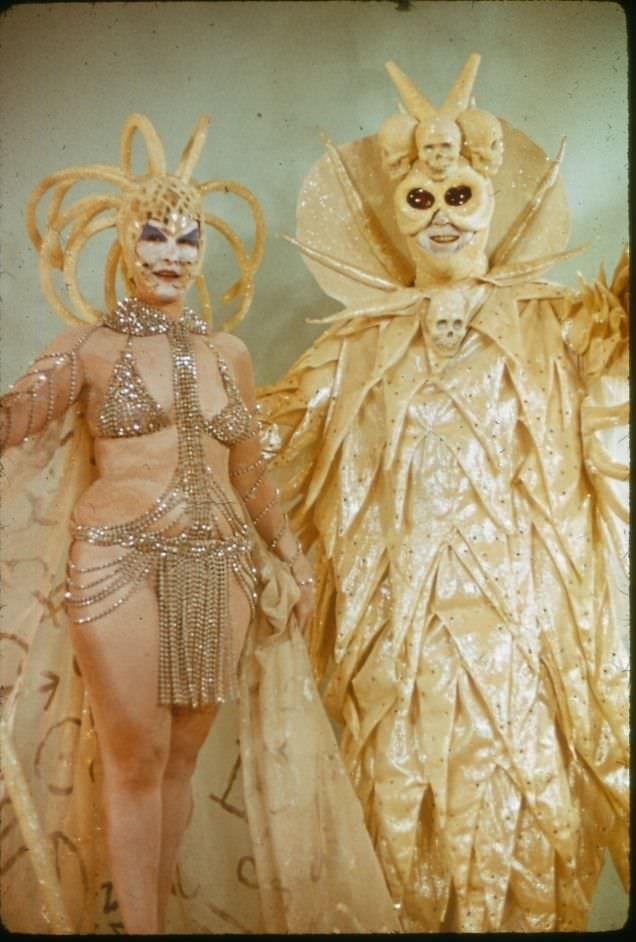 vintage cosplay - Costume design