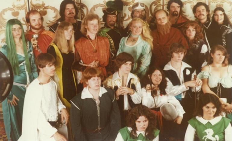 vintage cosplay - Social group