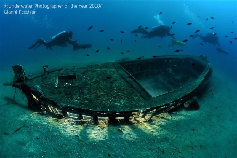 Water - OUnderwater Photographer of the Year 2018/ Gianni Pecchiar