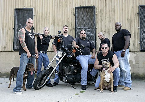 bikers motorcycles animal rescue animals - 9131525