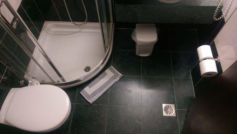 Toilet - 9999
