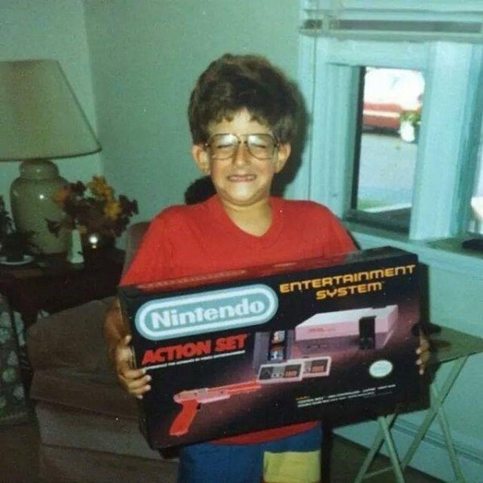 nostalgia - Technology - ENTERTAINMENT SYSTEM Nintendo ACTION SET