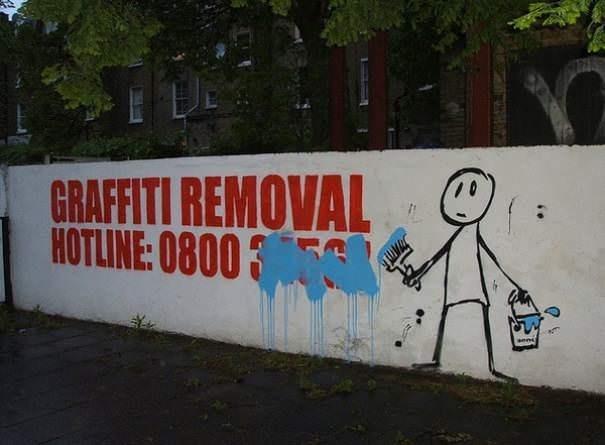 funny vandalism - Street art - GRAFFITI REMOVAL HOTLINE: 0800 3 anni