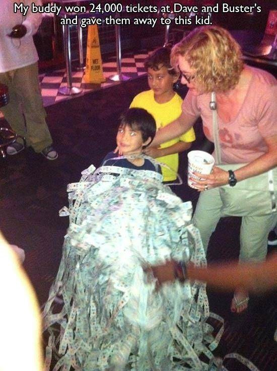 Tree - My buddy won 24,000 tickets,at Dave and Buster's and gave them away to this kid. WET RLOO