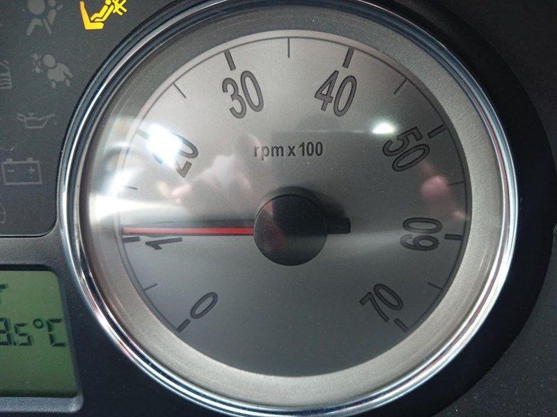 Speedometer - 40 30 rpm x 100 60 70 50