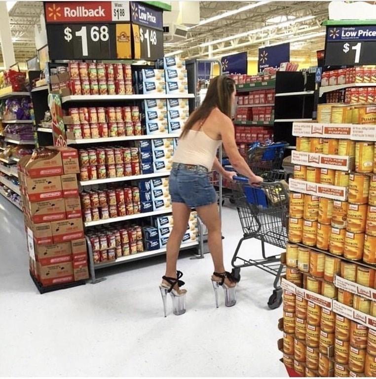 Supermarket - Was Low Price Rollback $18 Low Price $1 68 $148 $1 PUMPR PUMPKIN M PIN PuM hweKIN