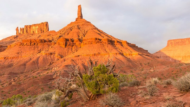Prominent rock formation in Moab Utah has been studied and its vibrations and frequencies by a team of climbers and local scientists.