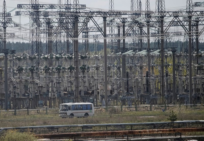 Chernobyl bus leaves the Nuclear power plant