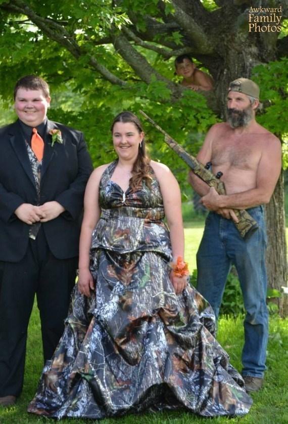 Event - Awkward Family Photos