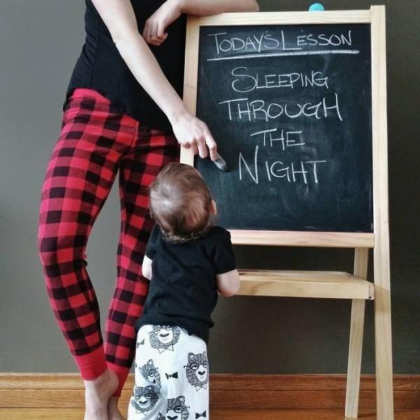 Blackboard - TODAYSLESSON SLEEPING THROUCH THE NiGHT