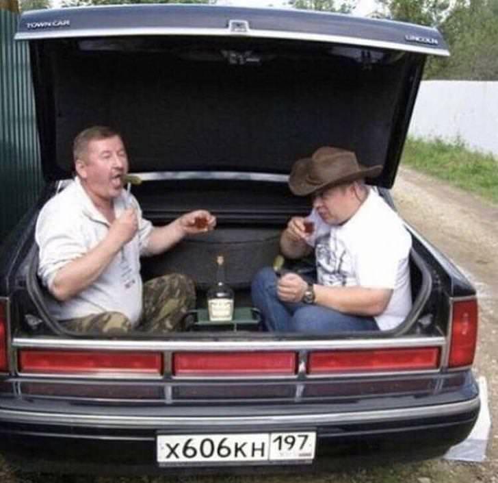 cursed images - Land vehicle - FOWA CAR X606KH 197