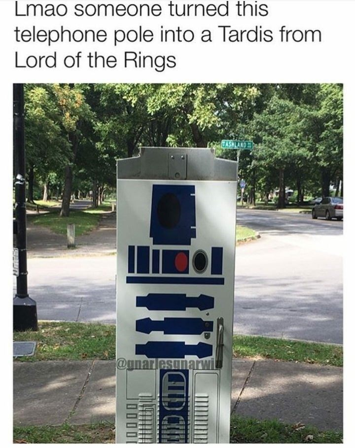 Transport - Lmao someone turned this telephone pole into a Tardis from Lord of the Rings @unarlesonarwi