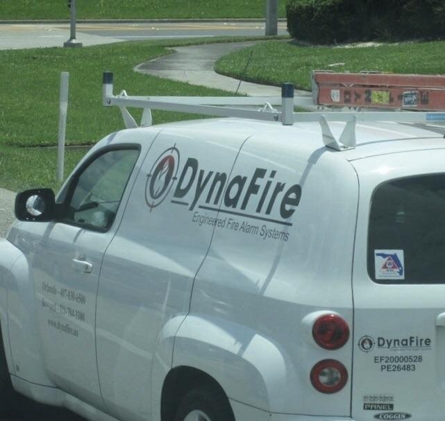 Land vehicle - ODynaFire Engineered Fire Alarm Systems ad-4/7-834-590 DynaFire vww.b EF20000528 PE26483 PAINEL COGGIN