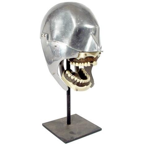 teeth - Helmet