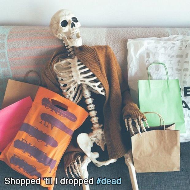 Skeleton - A A Shopped til l dropped #dead