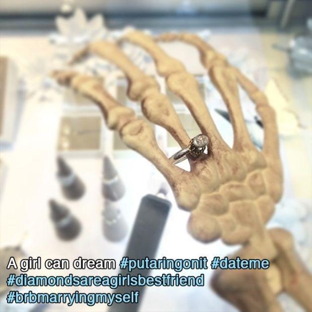Hand - A girl can dream #putaringonit #dateme #diamondsareagirlsbestfriend orbmarryingmyself