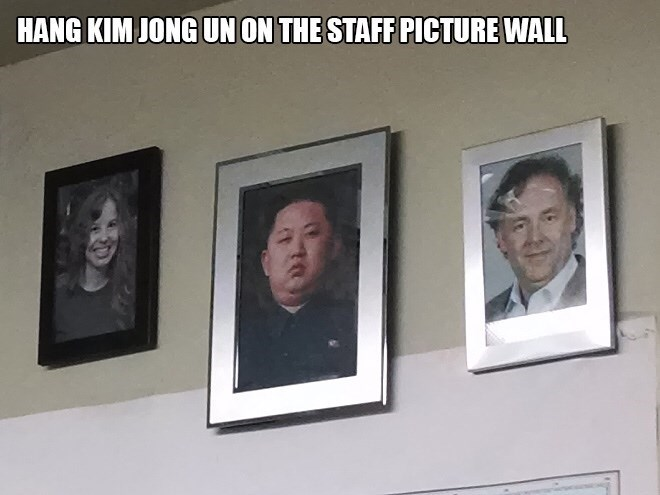 Facial expression - HANG KIM JONG UN ON THE STAFF PICTURE WALL
