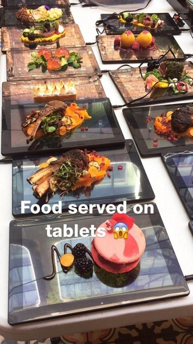 Food - Food served on tablets