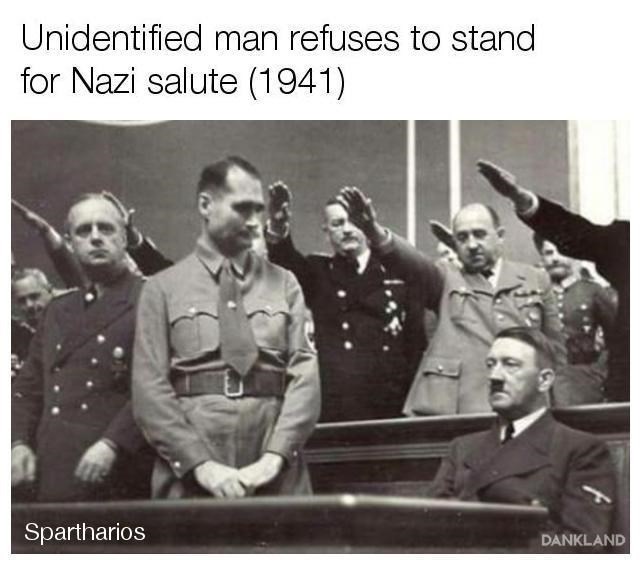 Crew - Unidentified man refuses to stand for Nazi salute (1941) Spartharios DANKLAND
