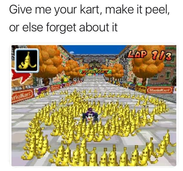 Yellow - Give me your kart, make it peel, or else forget about it LAP /3 MariK