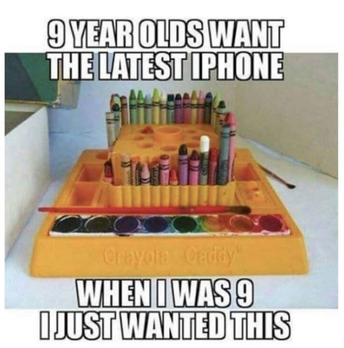 Games - 9YEAR OLDS WANT THE LATEST IPHONE Crayola Caddy WHENIWAS 9 IJUST WANTED THIS