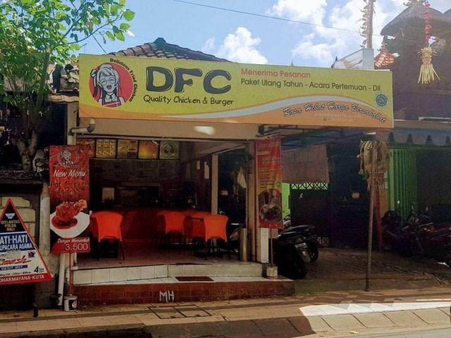 Building - gellcions DFC Menerima Pesanan Paket Ulang Tahun - Acara Pertemuan- DI Quality Chicken & Burger New Menu pTLANTAS ATH-HATI UPACARA AGAMA Aewr Mend 3.500 4 OHARMAYANA KUTA MH