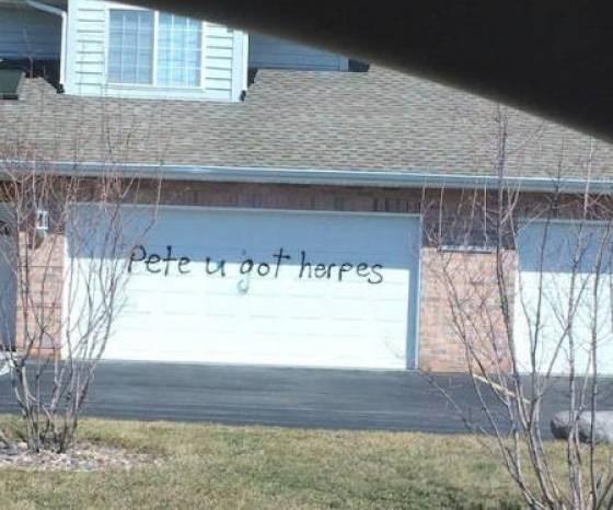 Property - Pete u oot herpes
