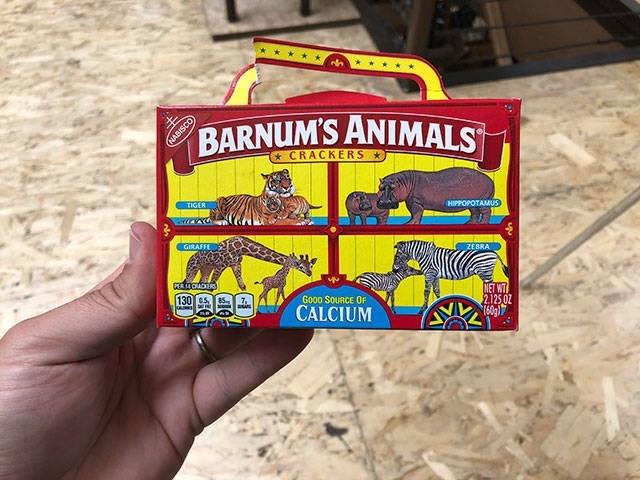 Games - BARNUM'S ANIMALS GABISCO CRACKERS TIGER HIPPOPOTAMUS GIRAFFE ZEBRA PER14CADERS 130 s NET WT 2125.02 16091 Gooo SOURCE OF CALCIUM