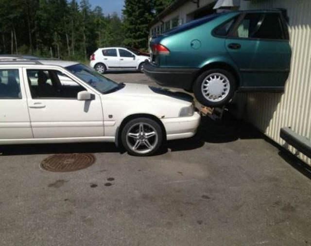 fails - Land vehicle - W A