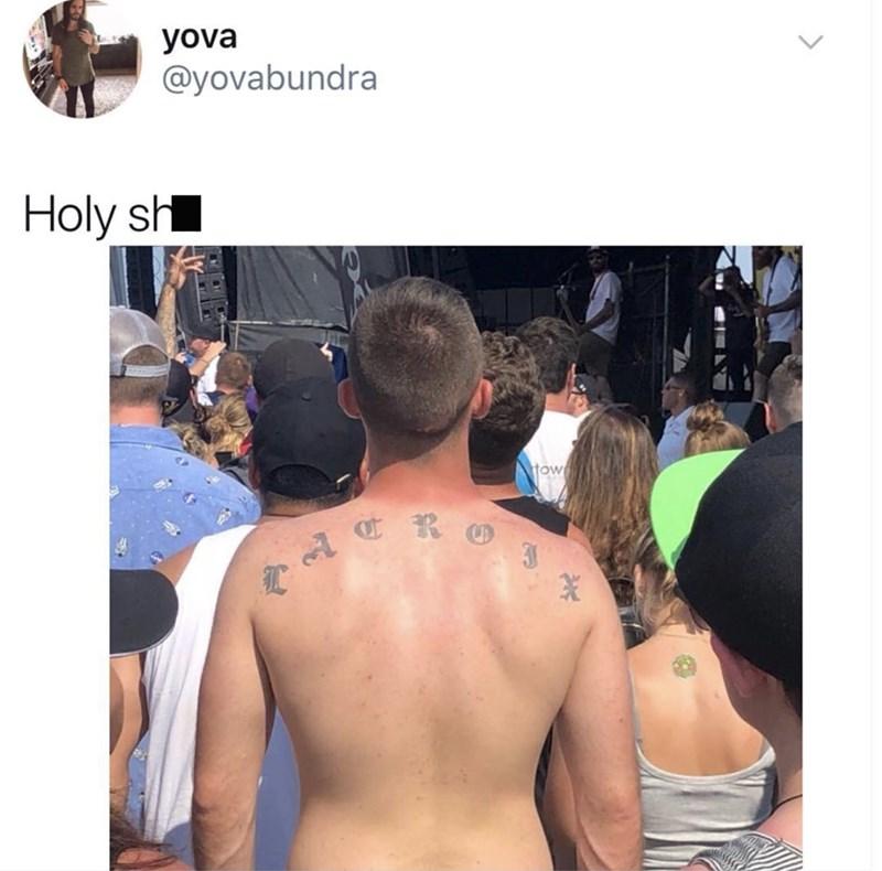 Barechested - yova @yovabundra Holy sh tow