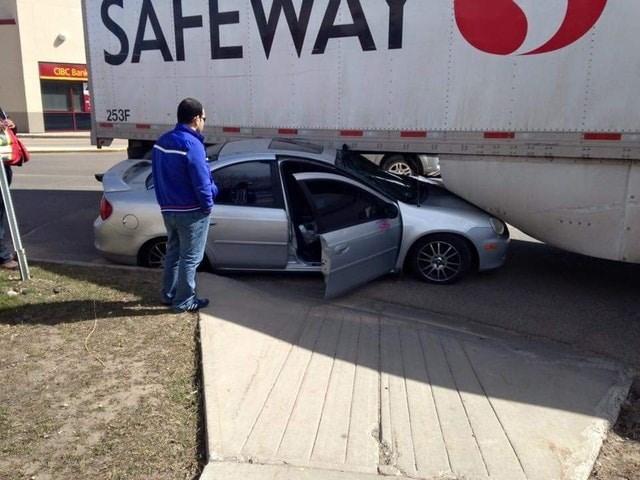 Vehicle - SAFEWAY CIBC Bank 253F