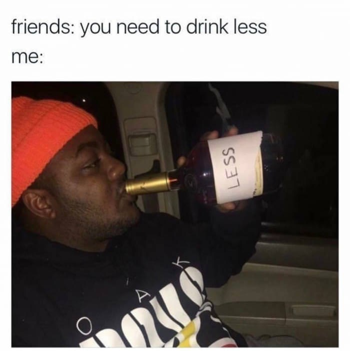Text - friends: you need to drink less me: ES