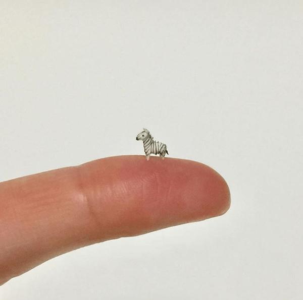 tiny animal art - Finger
