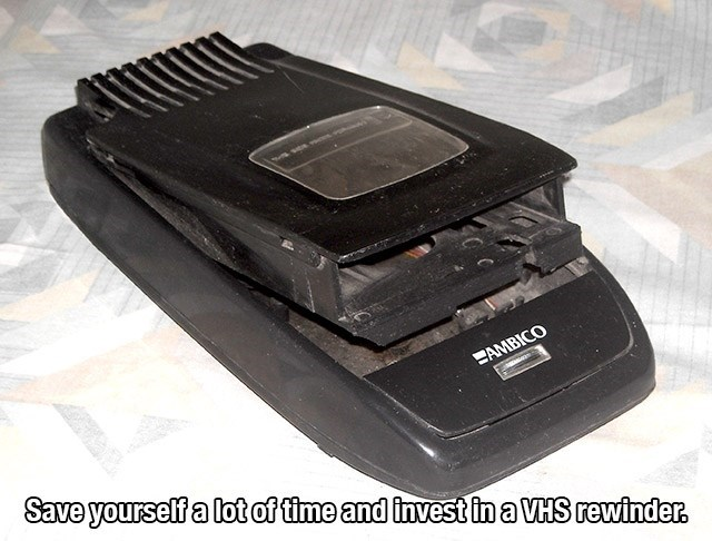 Electronic device - AMBICO Save yourself a lot of time and invest in a VHS rewinder.
