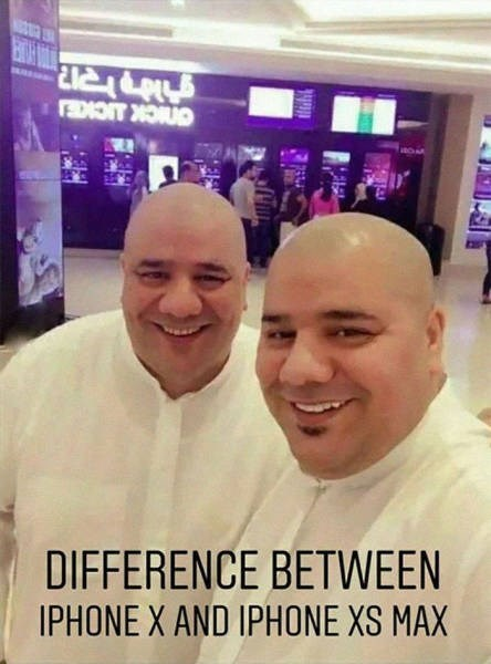 Selfie - anick icKE DIFFERENCE BETWEEN IPHONE X AND IPHONE XS MAX