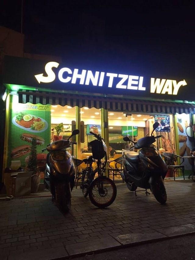 Night - SCHNITZEL WAY IZEL WAY NTTEL AY