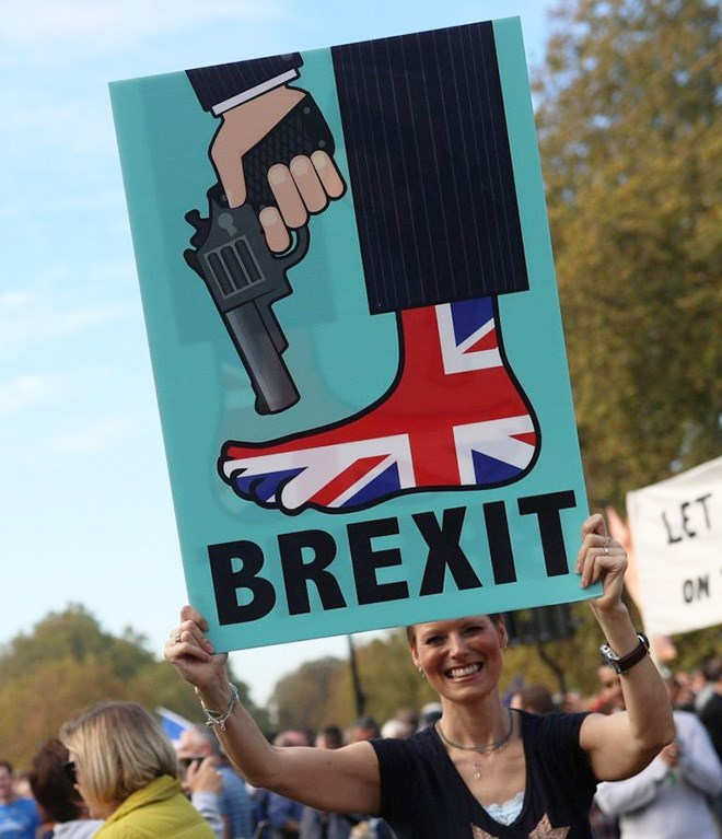 Protest - BREXIT LET ON