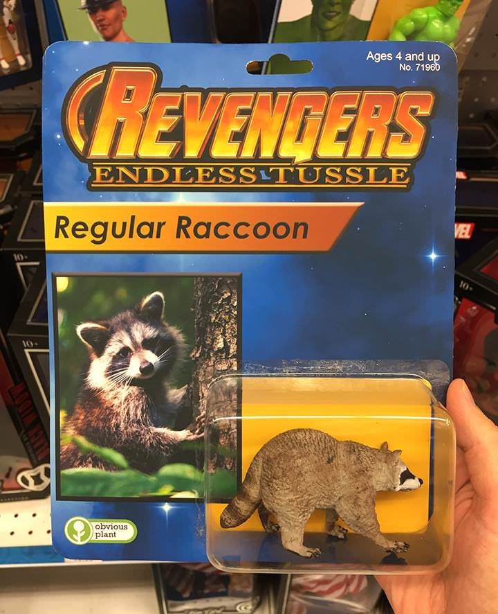 Wildlife - Ages 4 and up No. 71960 REVENDERS ENDLESSTUSSLE VEL Regular Raccoon 10- 10- 10 obvious plant