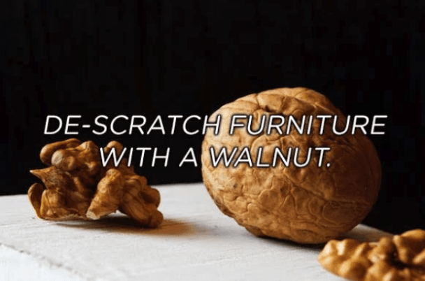 Walnut - DE-SCRATCH FURNITURE WITH A WALNUT