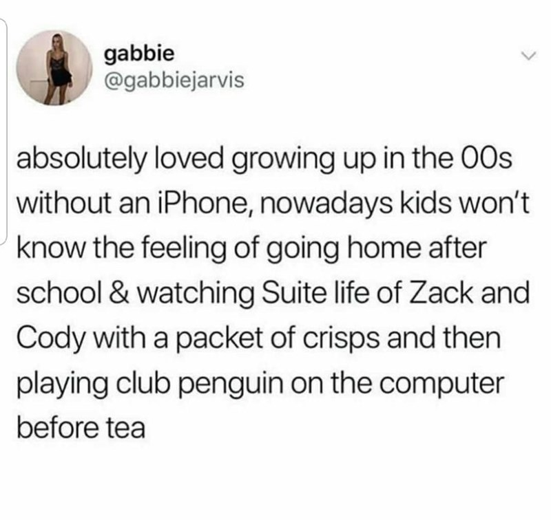 Tweet about growing up in the 00s without an iPhone and playing club penguin