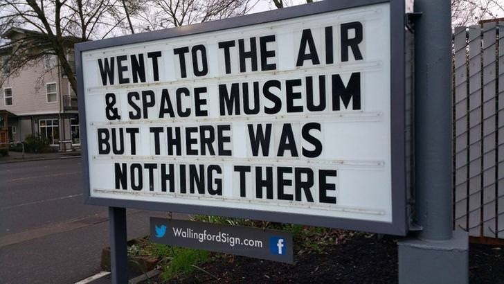 Pun sign about air and space museum and there was nothing there